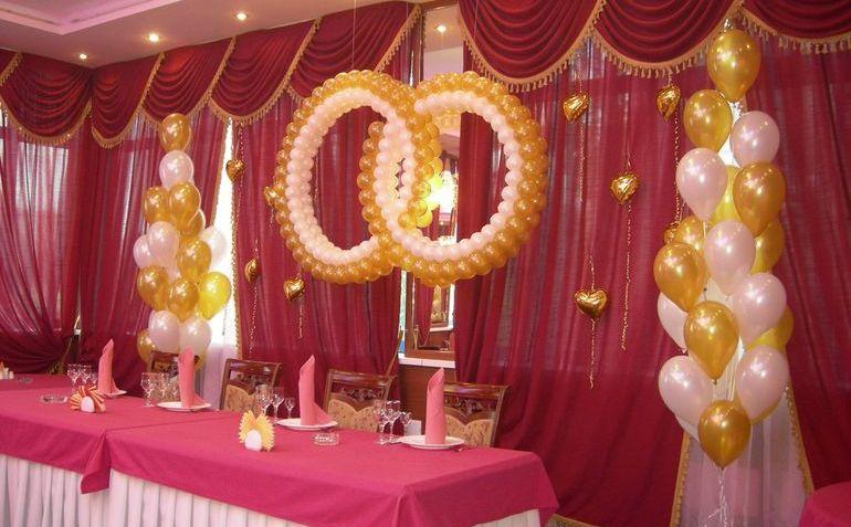 Свадебные кольца из воздушных шаров